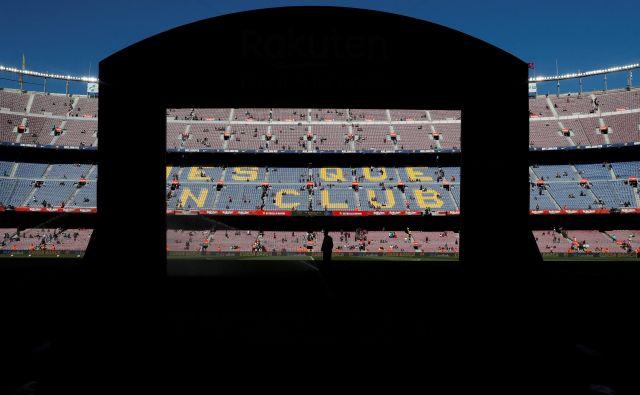 Devetošolec Domen Škafar je v spisu napisal, da bi se odpravil v Španijo, natančneje v Barcelono, kjer igra njegov najljubši nogometni klub. FOTO: Susana Vera/Reuters
