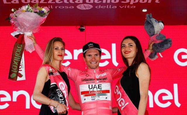 Jan Polanc ima v skupnem seštevku štiri minute naskoka pred Rogličem, zato si lahko obeta, da bo vsaj še v današnji etapi ostal v rožnatem.<br /> Foto AFP