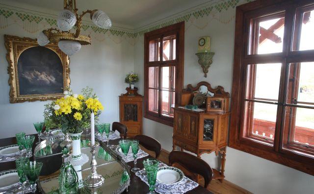 V zeleni sobi bodo stregli večerjo z jedmi, kakršne so v čast 60-letnice vladanja cesarja Franca Jožefa leta 1908 v Ljubljani. Fotografije arhiv Ruske dače