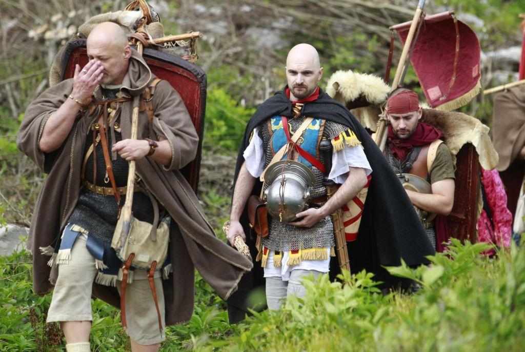 FOTO:Novodobni legionarji kot nekdanje Marijeve mule