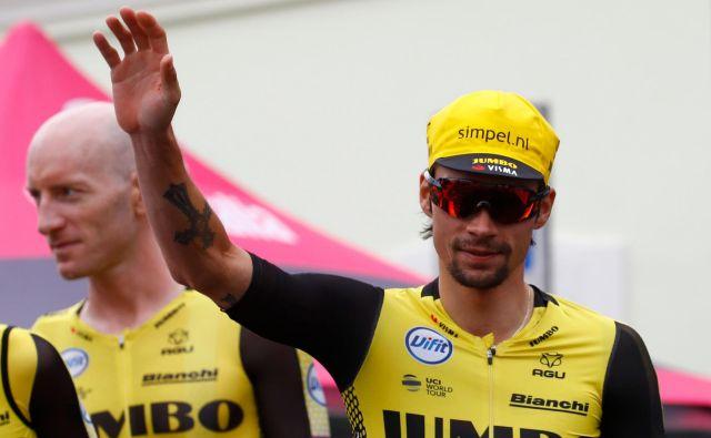 Tekmeci so v 15. etapi dočakali slab dan Primoža Rogliča. FOTO: Luk Benies/AFP
