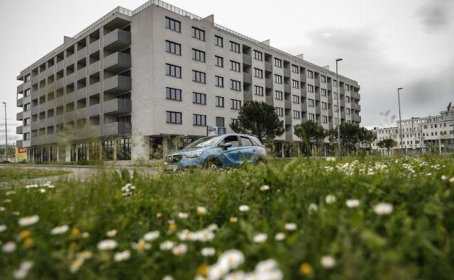 Koprska vrata obsegajo 164 stanovanj s pripadajočimi parkirnimi mesti in shrambami ter več kot 2000 kvadratnimi metri poslovnih prostorov. FOTO: Uroš Hočevar/Delo