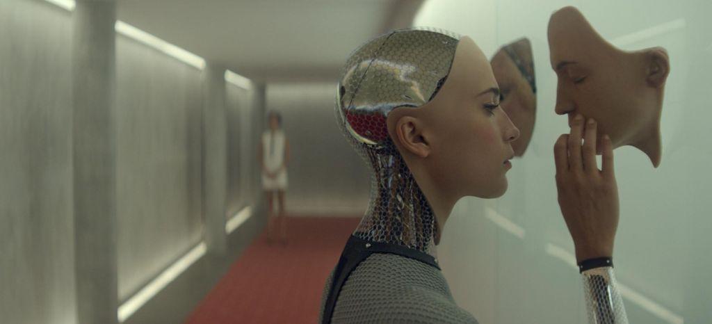 Bo umetna inteligenca bolj etična od človeka?