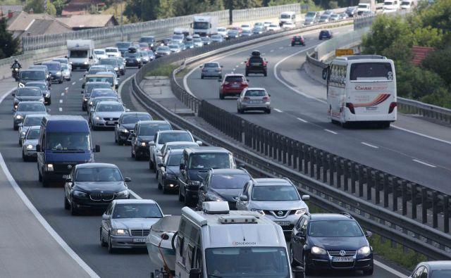 Zastoji na primorski avtocesti avgusta lani. FOTO: Mavric Pivk/Delo