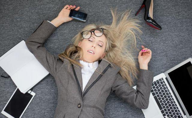 Izgorelost se pojavi kot rezultat kroničnega stresa na delovnem mestu, ki se ga ni primerno obravnavalo. FOTO: Shutterstock