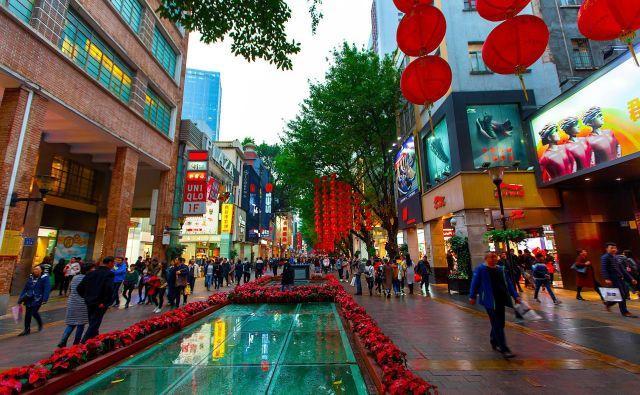 Prisotnost azijskih podjetij na svetovnih trgih je povečala zahteve po močnih blagovnih znamkah. Foto Shutterstock