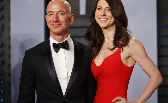 Jeff in MacKenzie Bezos. FOTO: Danny Moloshok Reuters