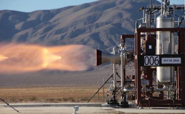 Leta 2016 so inženirji med testiranjem motorjev za prekinitev poleta odkrili napako, tokrat pa je preizkus potekal brez težav.