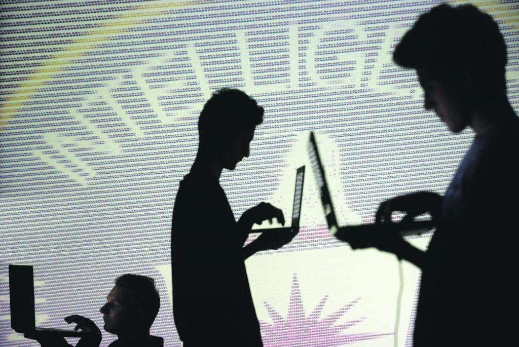 Umetna inteligenca in pametna videoanalitika učinkoviti v poslu