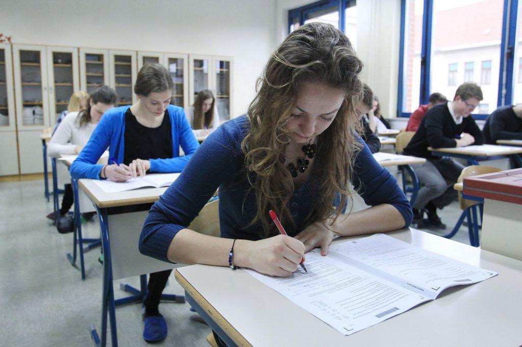 Tudi letos več dijakov do študija po bližnjici