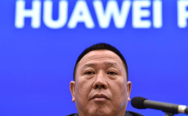 Song Liuping: »Danes so to telekomunikacije in Huawei, jutri pa bodo to lahko vaša industrija, vaše podjetje in vaši potrošniki.« FOTO: AFP