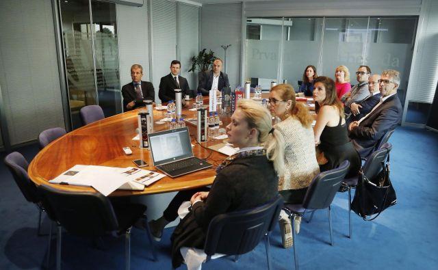 Prvo srečanje strokovne komisije projekta Delove podjetniške zvezde. FOTO: Leon Vidic/Delo