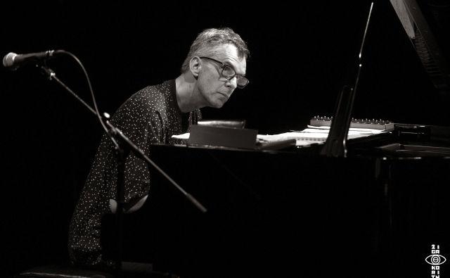 Pianist Drago Ivanuša je spisal glasbo na film in roman <em>La Bête Humaine</em>.<br /> Foto: Žiga Koritnik