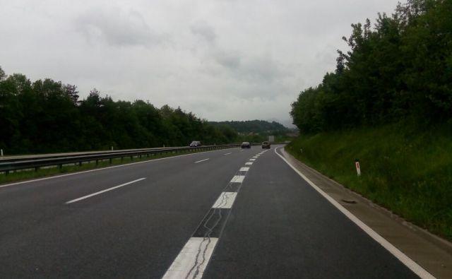 Na tem delu gorenjske avtoceste se je danes popoldan zgodila prometna nesreča. FOTO: Policijska uprava Kranj