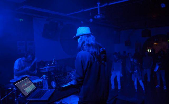 Na prvi festivalski večer je zaigral duo Darla Smoking. Foto Natalija Gaj