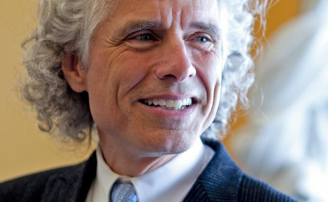 Steven Pinker poučuje na prestižni ameriški univerzi Harvard. Revija Time ga je razglasila za enega izmed stotih najvplivnejših ljudi. Foto Rose Lincoln/Harvard University