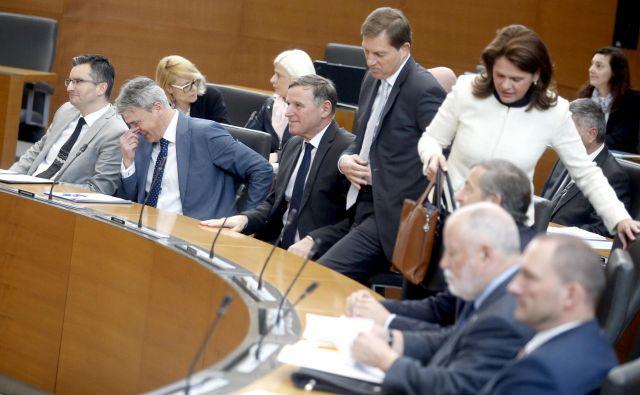 Vlada je v prvih šestih mesecih delovanja v primerjavi s tremi predhodnicami obravnavala in sprejela najmanj zakonodajnih predlogov. FOTO: Roman Šipić