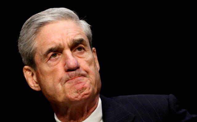 Muellerjeveskopo odmerjene besede na zadnjem nastopu za javnost so le še poglobile resni razkol v ameriški javnosti po zadnjih predsedniških volitvah. FOTO: REUTERS/Kevin Lamarque