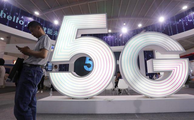 Omrežje 5G je odslej na voljo tudi v Veliki Britaniji. FOTO: Reuters