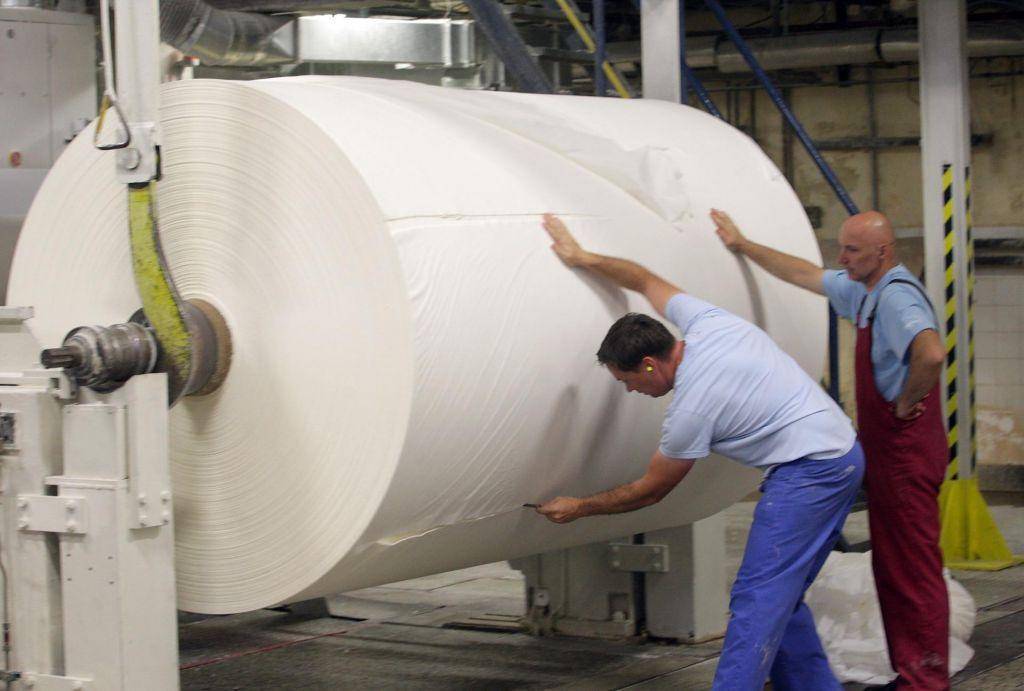 Paloma bo investirala v nov papirni stroj
