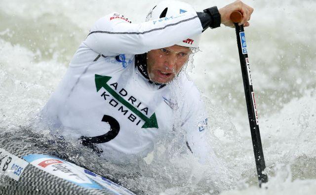 Benjamin Savšek se je na tacenskih brzicah odlično pripravil za drugo zmago v sllomu na divjih vodah na evropskem prvenstvu FOTO: Matej Družnik/Delo