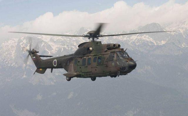 Pokojno je z gore odpeljal vojaški helikopter. FOTO: Slovenska vojska