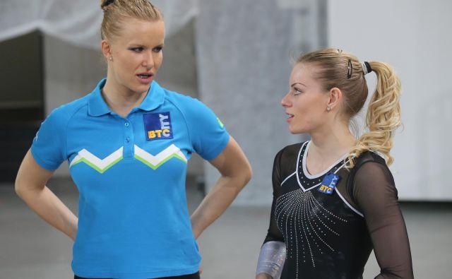 Adela Šajn in Teja Belak sta na domači tekmi med vsemi slovenskimi reprezentanti iztržili največ. FOTO: Igor Zaplatil