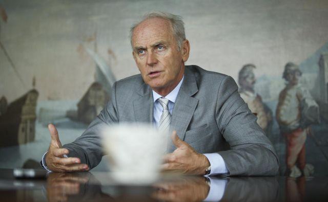 . Predsednik uprave Jože Mermal bo prevzel funkcijo predsednika upravnega odbora. Foto Jože Suhadolnik