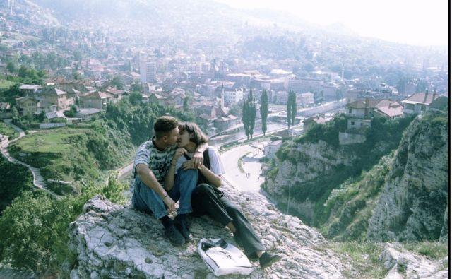V kratkih zgodbah se Hemon med drugim spominja svoje mladosti v Sarajevu. FOTO: Reuters