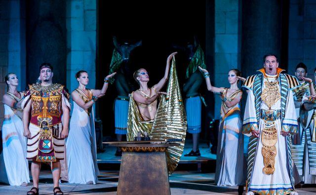 Aida je gotovo ena od najbolj znanih in največkrat izvajanih oper ne le v opusu Giuseppeja Verdija, temveč v celotni operni zgodovini. Fotografiji arhiv Festivala Ljubljana