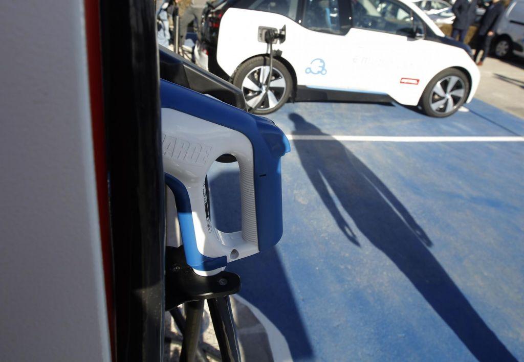 FOTO:Električni avtomobil iz druge roke