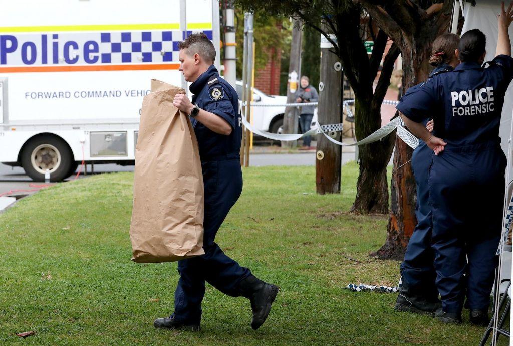 V strelskem napadu v Darwinu najmanj štiri žrtve