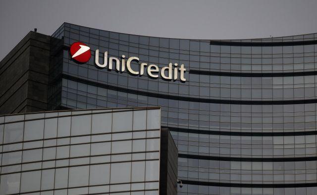 Delnice italijske banke Unicredit so se zaradi težav Italije pocenile za štiri odstotke. Foto: Blaž Samec/Delo