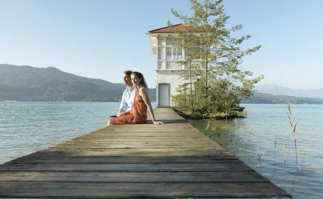 Vrbsko jezero na obrobju Celovca je med Slovenci najbolj znana avstrijska vodna znamenitost. Foto: Peter Burgstaller