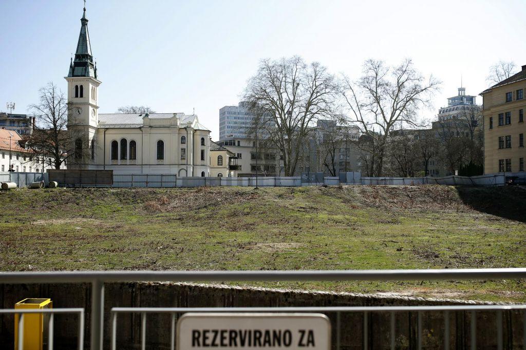 Novi Kolizej spet brez gradbenega dovoljenja