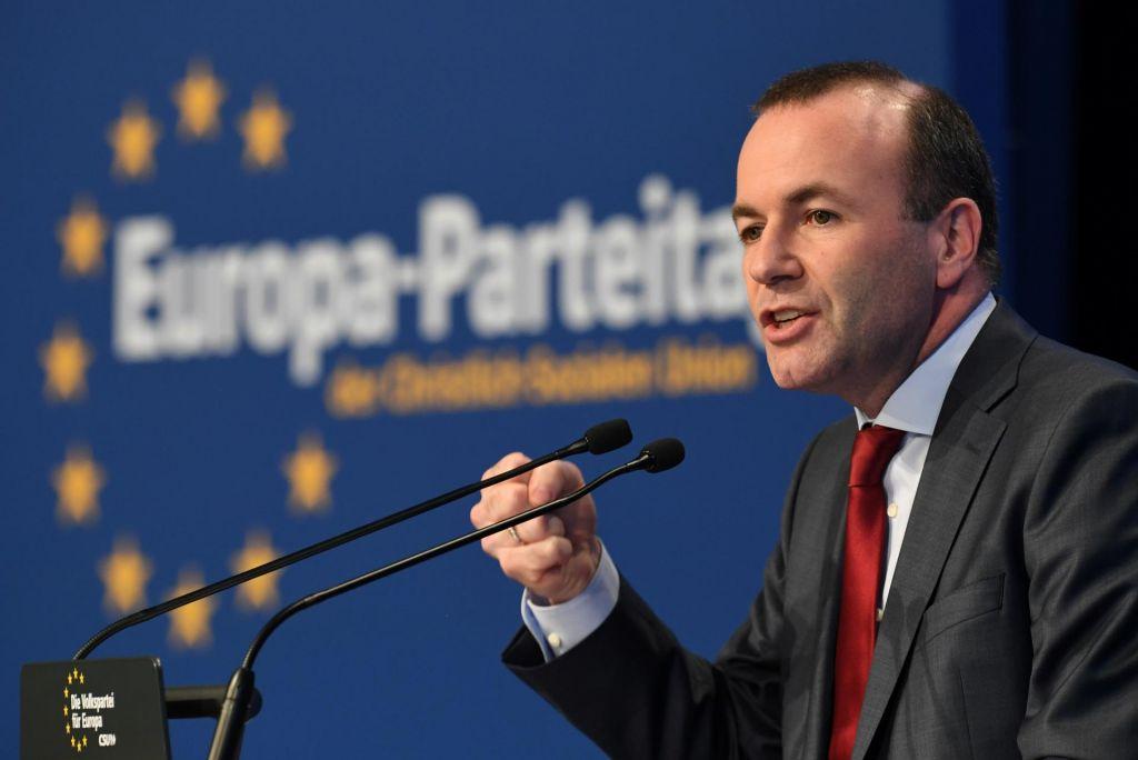 Weber vnovič izvoljen za vodjo EPP