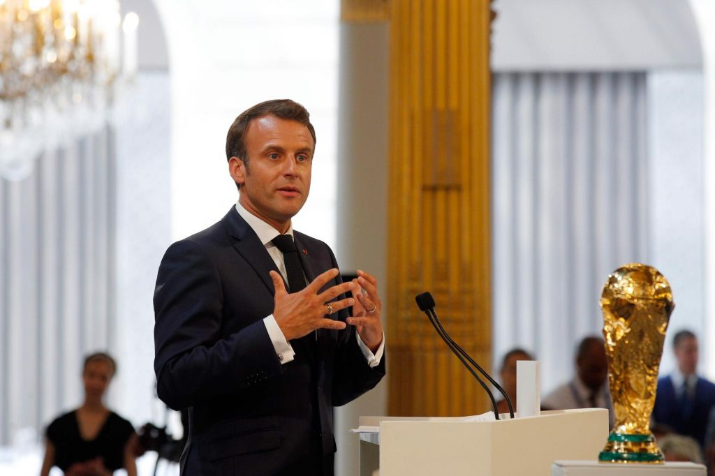 FOTO:Čeferin o Macronu: Nevljudno vpletanje politike v nogomet