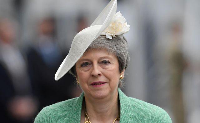 Britanski premierka se z današnjim dnem uradno umika s položaja voditeljice konservativne stranke.FOTO: Reuters