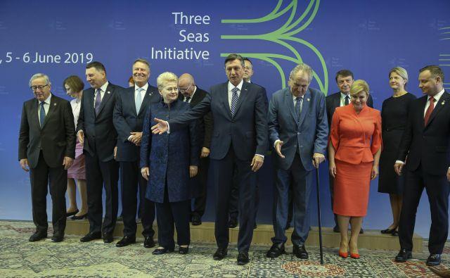 Srečanje predsednikov držav Pobude treh morij na Brdu. FOTO: Jože Suhadolnik/Delo