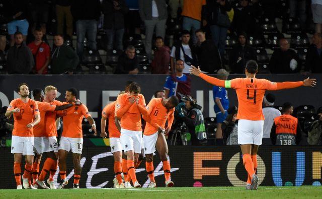 Nizozemci so se pri tretjem golu veselili vstopnice, s katero so si zagotovili finale lige narodov. FOTO: AFP