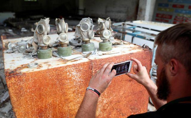 Plinske maske sovjetske armade v Černobilu FOTO: Reuters