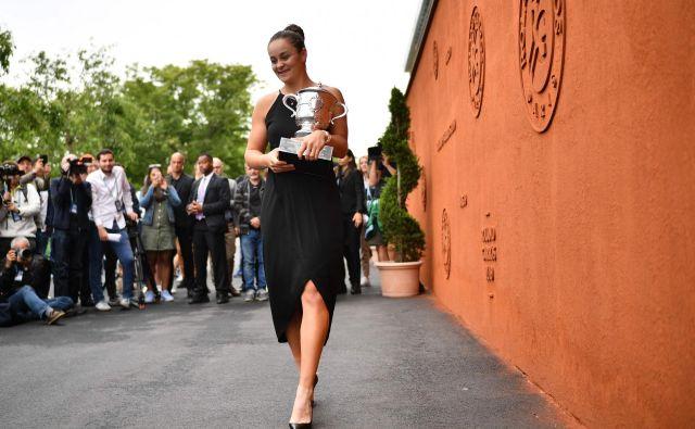 Pred natančno tremi leti se je Ashleigh Barty spet pojavila na lestvici WTA, in sicer na 623. mestu. Zdaj je zmagovalka turnirja za veliki slam in druga v svetovnem zaporedju. FOTO: AFP
