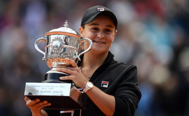 Avstralija ima po 46 letih spet zmagovalko Roland-Garrosa. To je Ashleigh Barty. FOTO: AFP