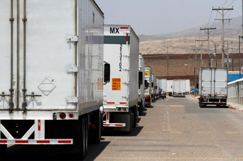 FOTO:Dogovor med ZDA in Mehiko o obvladovanju migrantske krize