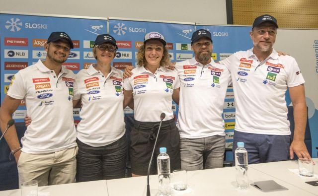 Slovenska smučarska šampionka Ilka Štuhec je naposled razkrila svoj štab, ki ga bo še naprej vodila njena mama Darja Črnko, glavni trener pa bo Švicar Stefan Abplanalp (desno). FOTO: Voranc Vogel/Delo