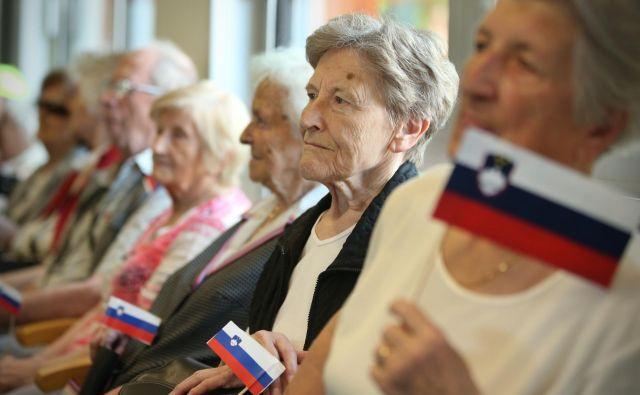 Sedanji upokojenci od demografskega sklada ne bodo imeli koristi, kar 20 let naj bi bilo namreč premoženje v njem zaklenjeno. FOTO: Jure Eržen/Delo