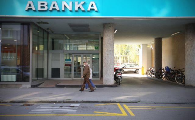 V prihodnjih dneh bi lastnike lahko dobili dve finančni instituciji FOTO: Jože Suhadolnik