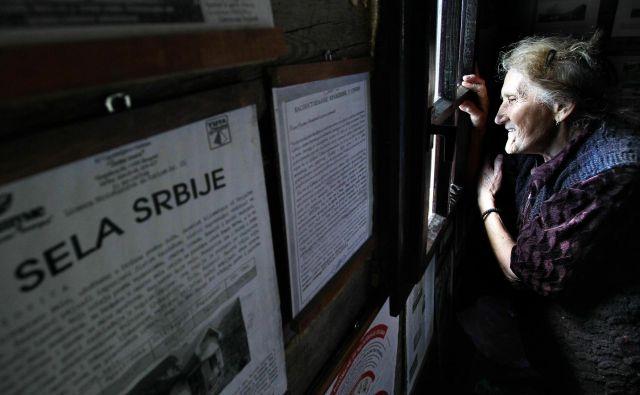 V Srbiji in drugih balkanskih državah se ljudje selijo v glavna mesta in odseljujejo v tujino. Celo pokrajine se praznijo. Foto: Matej Družnik