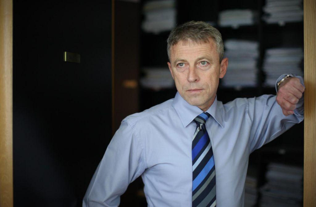 Pahor za ustavnega sodnika predlaga Čeferina