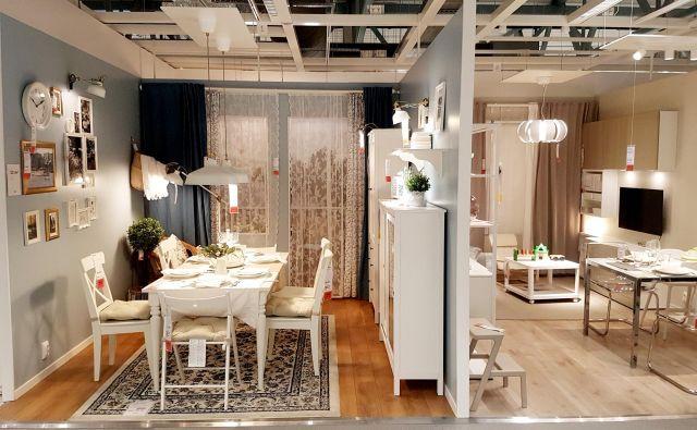 Značilni dizajn nekaterih izdelkov hitro izda, da si je nekdo svoj dom opremil s pohištvom iz Ikee. FOTO: Shutterstock